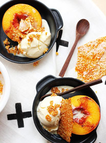 powdered peach ice cream with sesame and praline